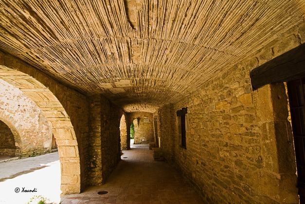 Soportales  (Monells,Girona)