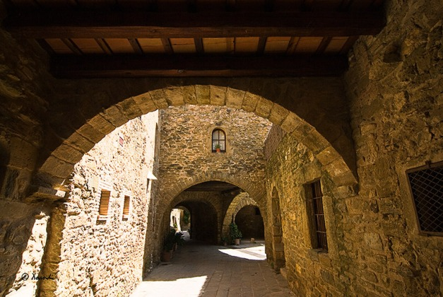 Monells Girona)