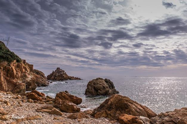 Mar y rocas (Blanes, Girona)