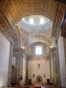 Monfero interior iglesia