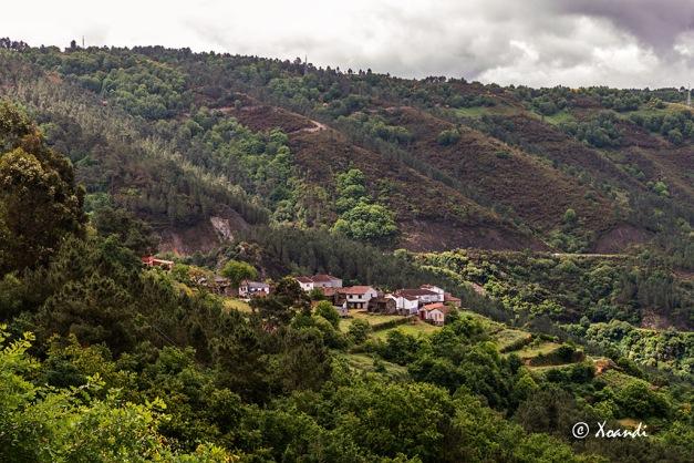 Aldea en la Ribeira Sacra (Galicia)